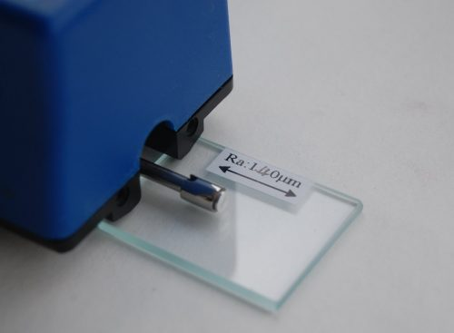 Oppervlaktetechniek - Benelux NDT - ruwheidsmeter
